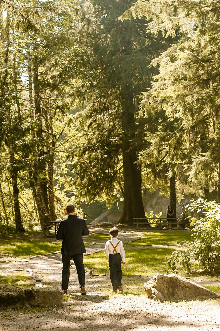 Intimate Creekside Mt Baker Wedding, Getting Ready on the trail, wedding mt baker